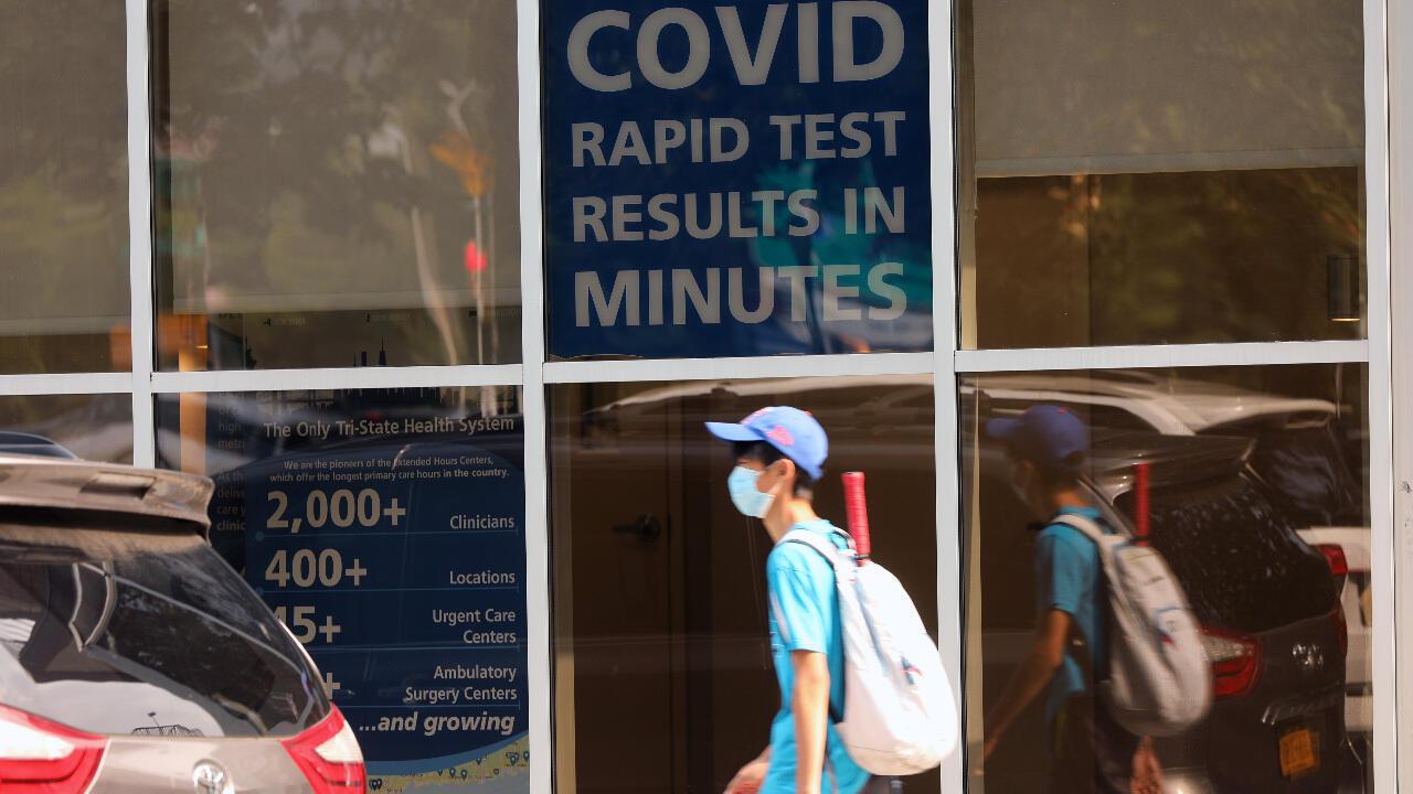 Centre de test rapide de dépistage des contaminations au coronavirus à Brooklyn, à New York.