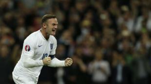 Face à la Suisse, Wayne Rooney a célébré son 50e but en sélection.