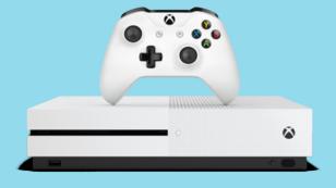 """Avec """"Play anywhere"""", certains jeux de la dernière console de Microsoft, la XBox One, seront disponibles en cross-buy avec Windows 10."""