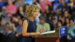 Fragilisée par la publication de courriels, Debbie Wasserman Schultz a quitté son poste de présidente du Parti démocrate