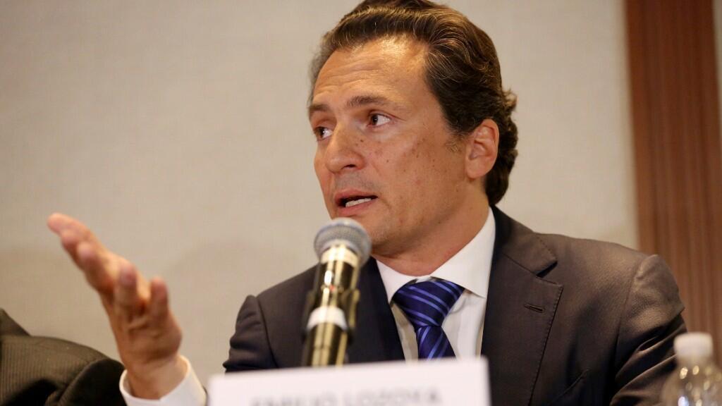 En esta foto de archivo del 17 de agosto de 2017, Emilio Lozoya, ex jefe de la petrolera estatal mexicana Pemex, da una conferencia de prensa en la Ciudad de México.