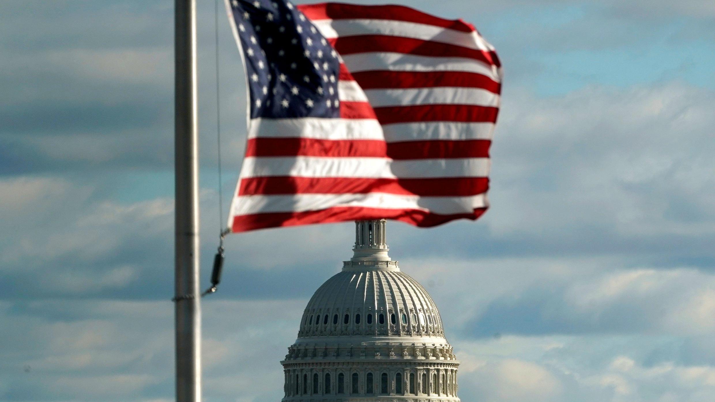 El proyecto aprobado por la Cámara de Representantes no incluye los fondos para el muro fronterizo exigidos por el presidente Donald Trump.