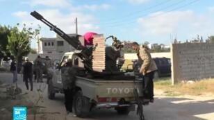 المعارك في طرابلس أدت إلى سقوط 376 قتيلا في شهر أبريل/نسيان، بحسب منظمة الصحة العالمية.