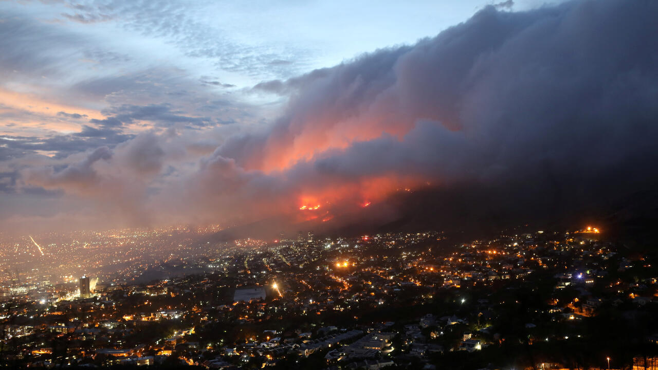 incendio ciudad del cabo