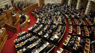 El primer ministro griego, Alexis Tsipras en su intervención antes de la votación del Parlamento de Grecia para decidir sobre el protocolo de adhesión a la OTAN para la futura República Macedonia del Norte. 08/02/2019. Atenas, Grecia.