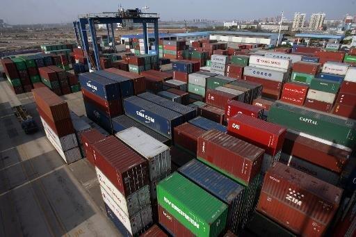 Des conteneurs sur le port de Wuhan, sur les rives du fleuve Bleu.