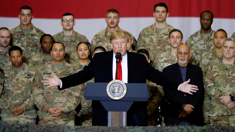 El presidente Donald Trump en una visita a la base aérea de Bagram, Afganistán, el 28 de noviembre de 2019.