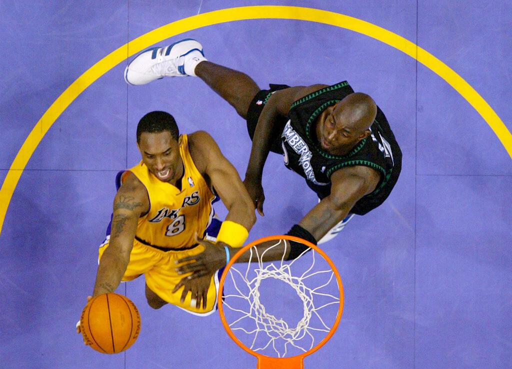 Quintuple champion NBA avec les Lakers, son club de toujours, double champion olympique avec Team USA en 2008 et 2012, Bryant était un des plus grands basketteurs que l'histoire ait connue.