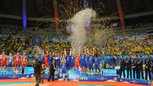 L'équipe de France de volley-ball est championne d'Europe pour la première fois de son histoire, le 18 octobre 2015 à Sofia.