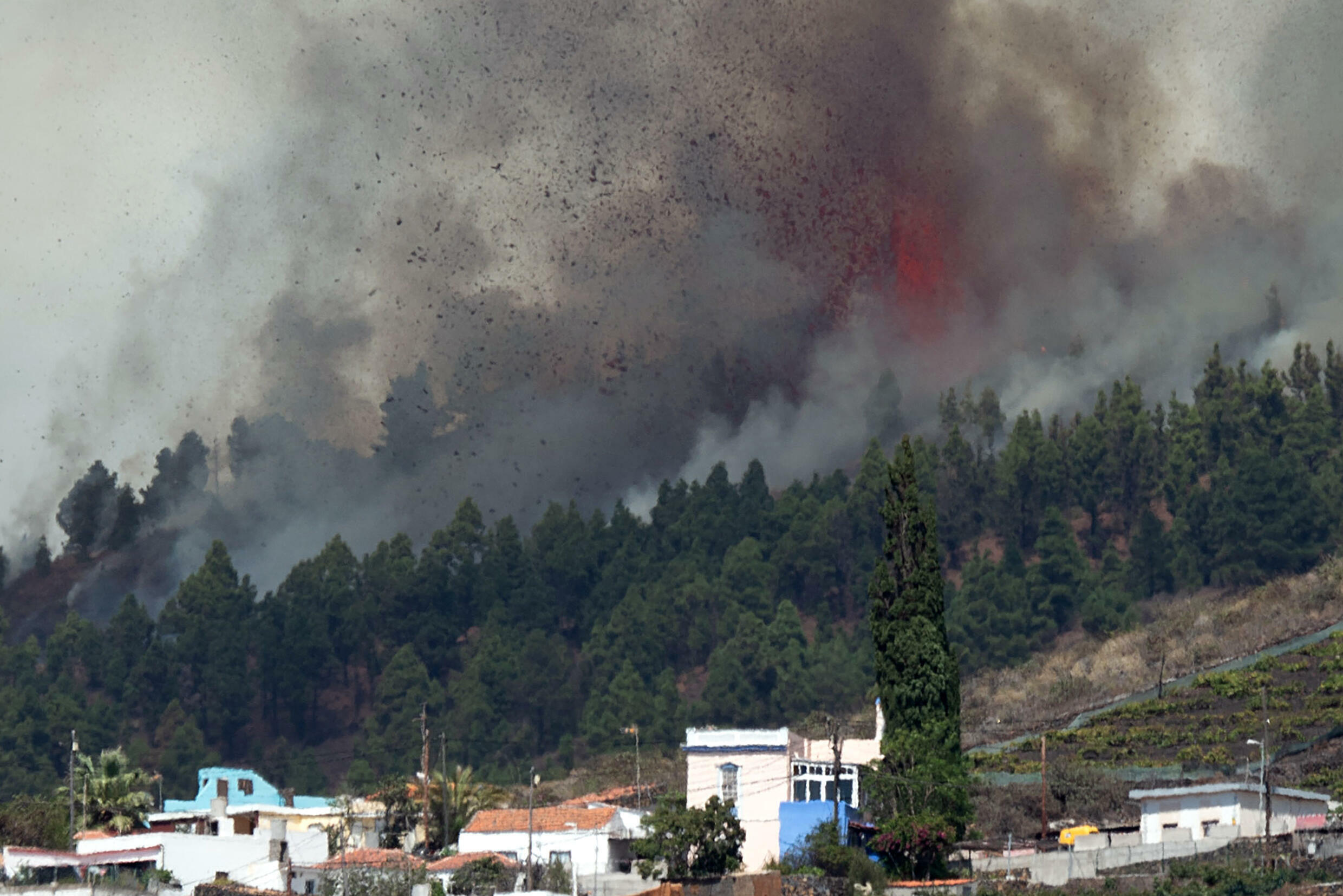 The Cumbre Vieja volcano has forced some 6,000 people from their homes, and destroyed 166 properties