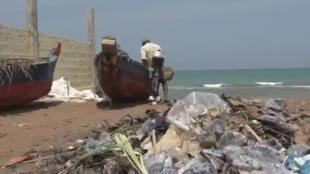 Les activités liées aux ports de pêche auraient une part de responsabilité dans la pollution marine des eaux togolaises.
