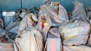 El plazo para que los pequeños y medianos comercios chilenos dejen de dar bolsas plásticas es de dos años.