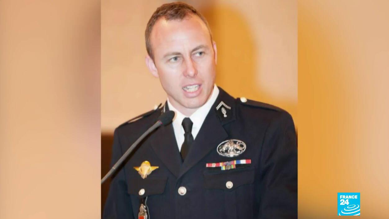 El gendarme francés Arnaud Beltrame de 45 años murió tras el ataque terrorista del 23 de marzo en Trèbes.