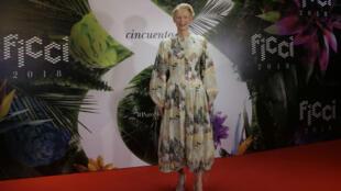 a actriz británica Tilda Swinton asiste a la gala inaugural del 58 Festival Internacional de Cine de Cartagena de Indias (Ficci), 28 de febrero de 2018, en Cartagena (Colombia).