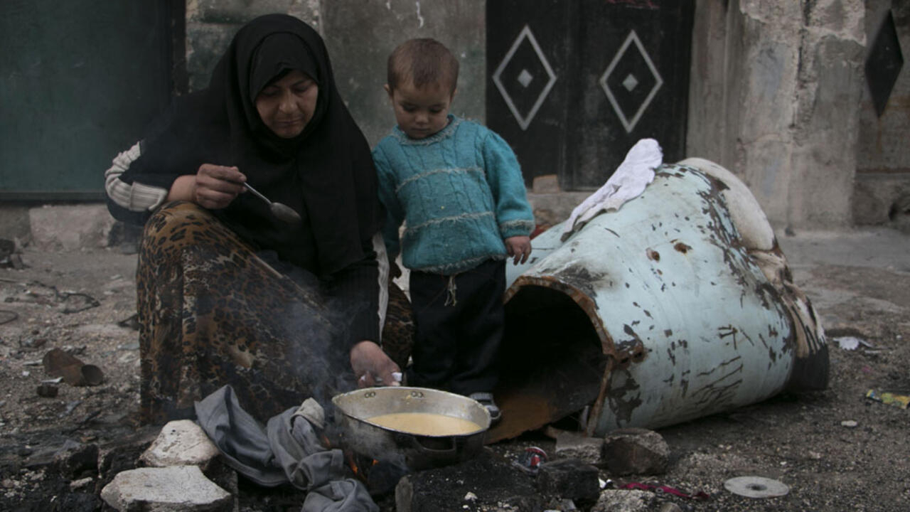 https://s.france24.com/media/display/63595898-0931-11e9-a42c-005056bff430/w:1280/p:16x9/Syria-poverty.jpg