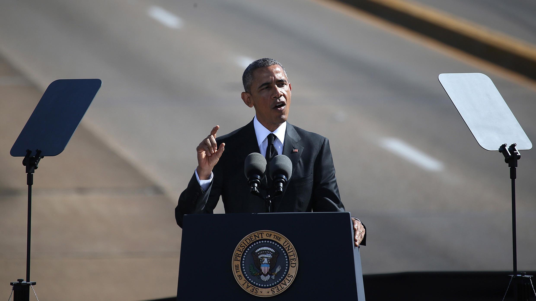 Le président américain Barack Obama lors de son discours devant le pont Edmund Pettus de Selma, le 7 mars 2015.