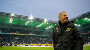 Dortmund coach Lucien Favre says it has been important to mentally prepare for playing behind closed doors, ahead of Saturday's home derby against Schalke