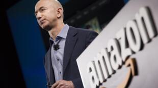 Jeff Bezos, patron d'Amazon, étend son incursion dans le monde du jeu vidéo avec le site Twitch