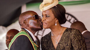 Robert Mugabe et sa femme Grace, en avril 2017.