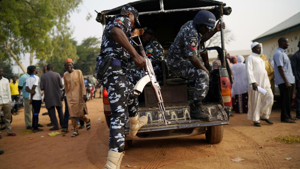 Au Nigeria, des hommes armés libèrent 240 détenus d'une prison