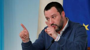 El ministro del Interior italiano, Matteo Salvini, durante una conferencia de prensa en Roma, Italia, el 14 de enero de 2019.