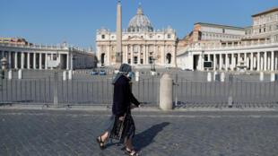 ساحة القديس بطرس في الفاتيكان مغلقة