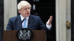 El primer ministro británico, Boris Johnson, habla a los medios de comunicación a las afueras de Downing Street. Londres, Gran Bretaña, el 2 de septiembre de 2019.
