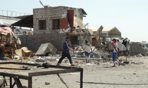 منزل مدمر في ضاحية سعد في عدن
