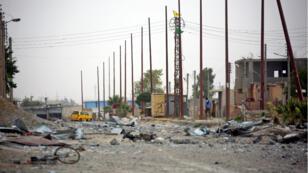"""La commission d'enquête de l'ONU sur la Syrie dénonce un nombre de victimes """"excessif"""" de frappes aériennes à Raqqa."""
