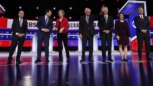 2020-02-26T010846Z_1375393299_HP1EG2Q036MPJ_RTRMADP_3_USA-democratic-DEBATE