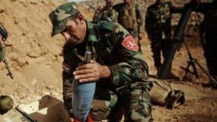 """مقاتلون من """"البشمركة"""" الكردية في عين العرب (كوباني)"""