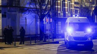 Perquisition de la police belge dans un logement de la commune de Molenbeek-Saint-Jean.