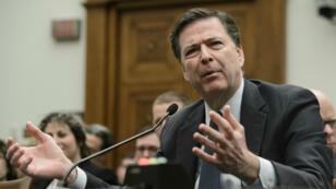 Le directeur du FBI, James Comey, mardi 1er mars 2016, devant une commission parlementaire à Washington.