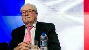 """Jean-Marie Le Pen sera jugé en correctionnelle pour avoir de nouveau déclaré, le 2 avril, que """"les chambres à gaz étaient un détail"""" de la Seconde Guerre mondiale."""
