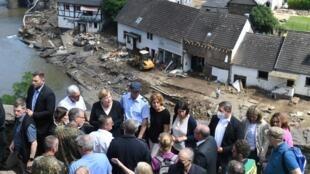 Merkel-inondations-m
