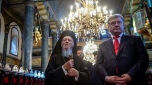 Ukraine president Petro Poroshenko met Ecumenical Patriarch Bartholomew I in Istanbul last month