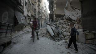 أحياء في حلب.
