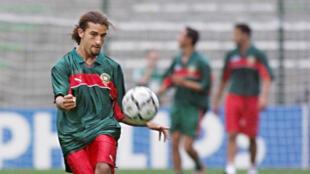 Mustapha Hadji, l'une des plus grandes stars de l'équipe du Maroc de la fin des années 90.
