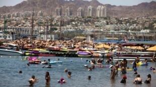 Eilat, station balnéaire réputée au bord de la mer Rouge.