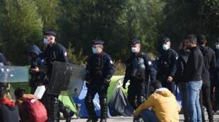Calais Reuters