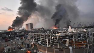 جانب من موقع الانفجار في مرفأ بيروت في 4 آب/أغسطس 2020