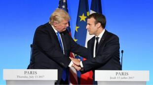 Donald Trump et Emmanuel Macron lors d'une conférence de presse commune, à Paris, le 13 juillet 2017.