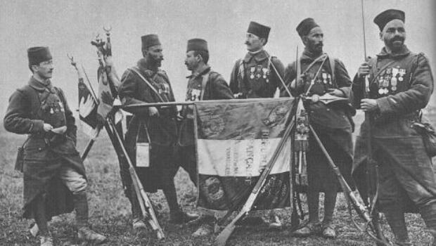 الفوج السابع للجنود الجزائريين في 1917
