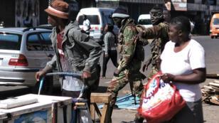 أعمال عنف في هراري بعد إعلان الحزب الحاكم فوزه في الانتخابات التشريعية، 1 آب/أغسطس 2018.