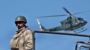 عنصر من الجيش الباكستاني