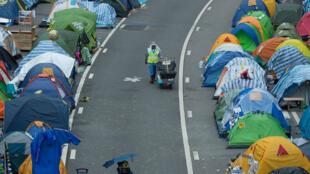 Les rues du quartier Admiralty sont toujours occupées par les étudiants de Hong Kong