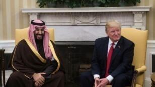 الرئيس الأمريكي دونالد ترامب وولي العهد السعودي الأمير محمد بن سلمان  آذار/مارس 2017 في البيت الأبيض