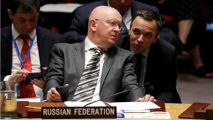 Vassily Nebenzia, embajador ruso en las Naciones Unidas, asiste a una reunión del Consejo de Seguridad sobre un ataque químico contra el exespía ruso Sergei Skripal y su hija en Nueva York, EE. UU. el 6 de septiembre de 2018.