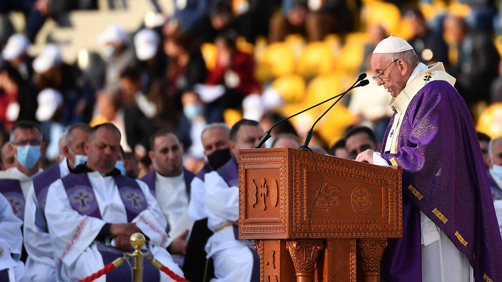 In Erbil, thousands attend largest mass of Pope's historic trip to Iraq