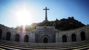 La fachada principal de la basílica del Valle de los Caídos, donde se encuentra enterrado el dictador Francisco Franco, en una imagen de archivo en septiembre de 2018